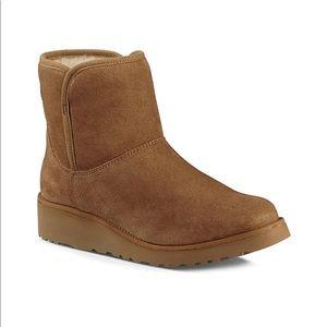 Ugg Short Boots with mini heel 7.5